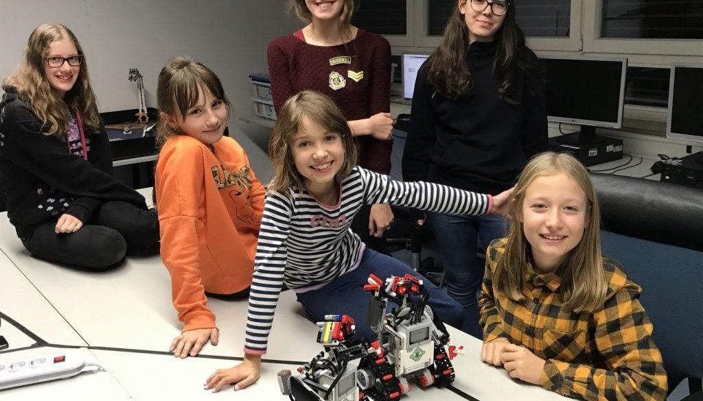GirlsRobotics_AerospaceLab